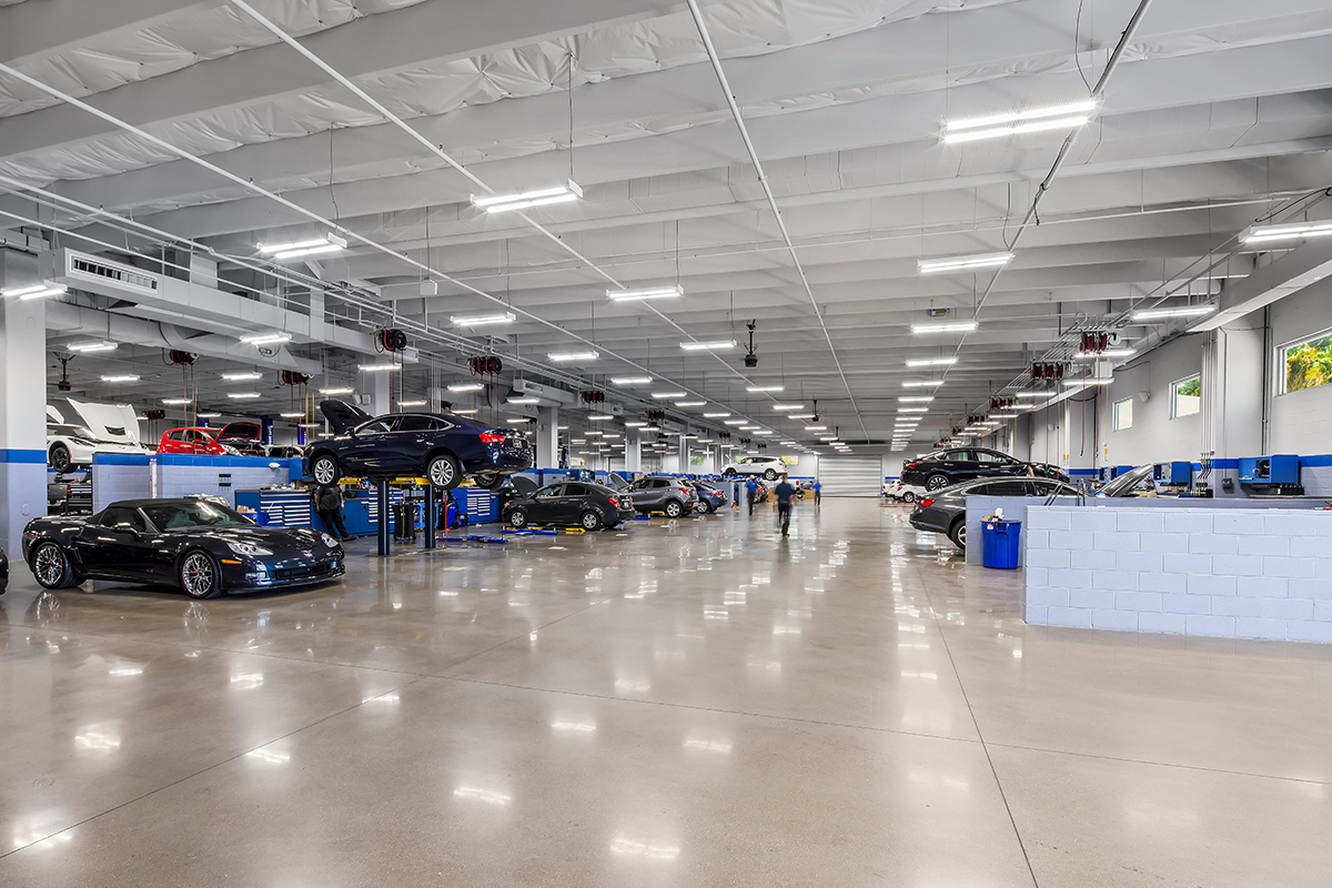 Chapman Chevrolet New Service Center And Parking Garage Agate Construction